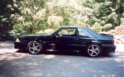 Black_Stang 1990 Ford Mustang