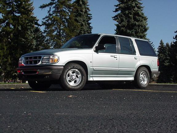 Hawaiianbrotha 1996 Ford Explorer Specs Photos