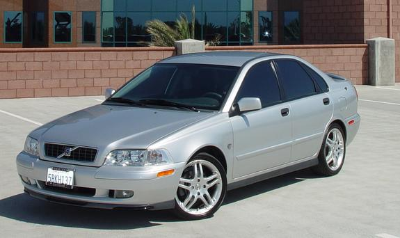 akaplay 2003 Volvo S40 Specs, Photos, Modification Info at CarDomain