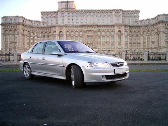 Vectra 2.2 DTI Supercharged