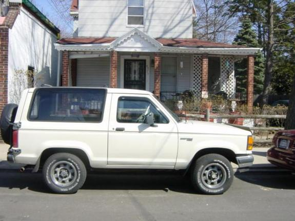 4xxx4 1990 Ford Bronco II