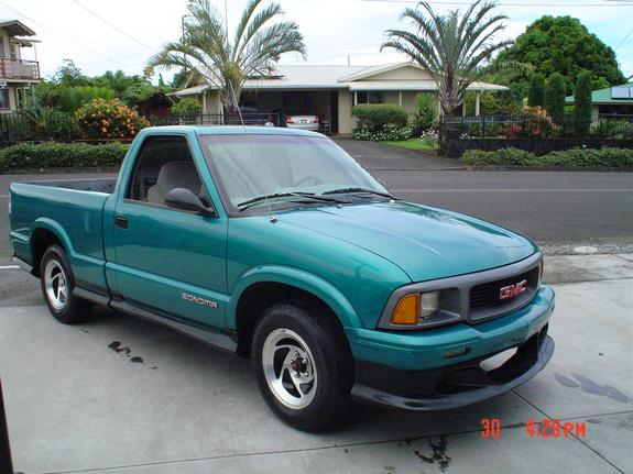 sseries17's 1996 GMC Sonoma Club Cab