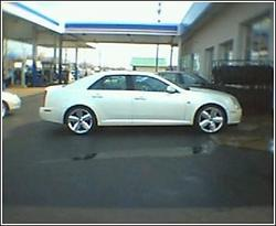 i30famdeville 2005 Cadillac STS