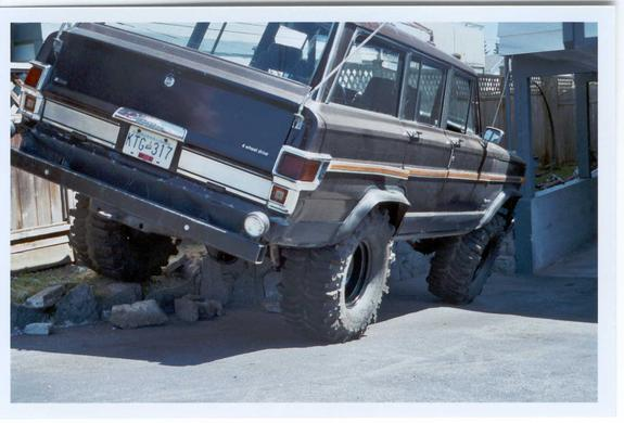 Another cancerjeep 1981 Jeep Wagoneer post... - 1561326