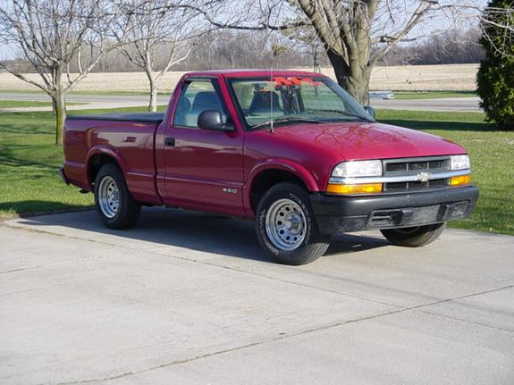 hakinaintwrong 39 s 1998 chevrolet s10 regular cab in flint mi. Black Bedroom Furniture Sets. Home Design Ideas