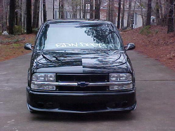 shadymcb 1998 Chevrolet S10 Regular Cab
