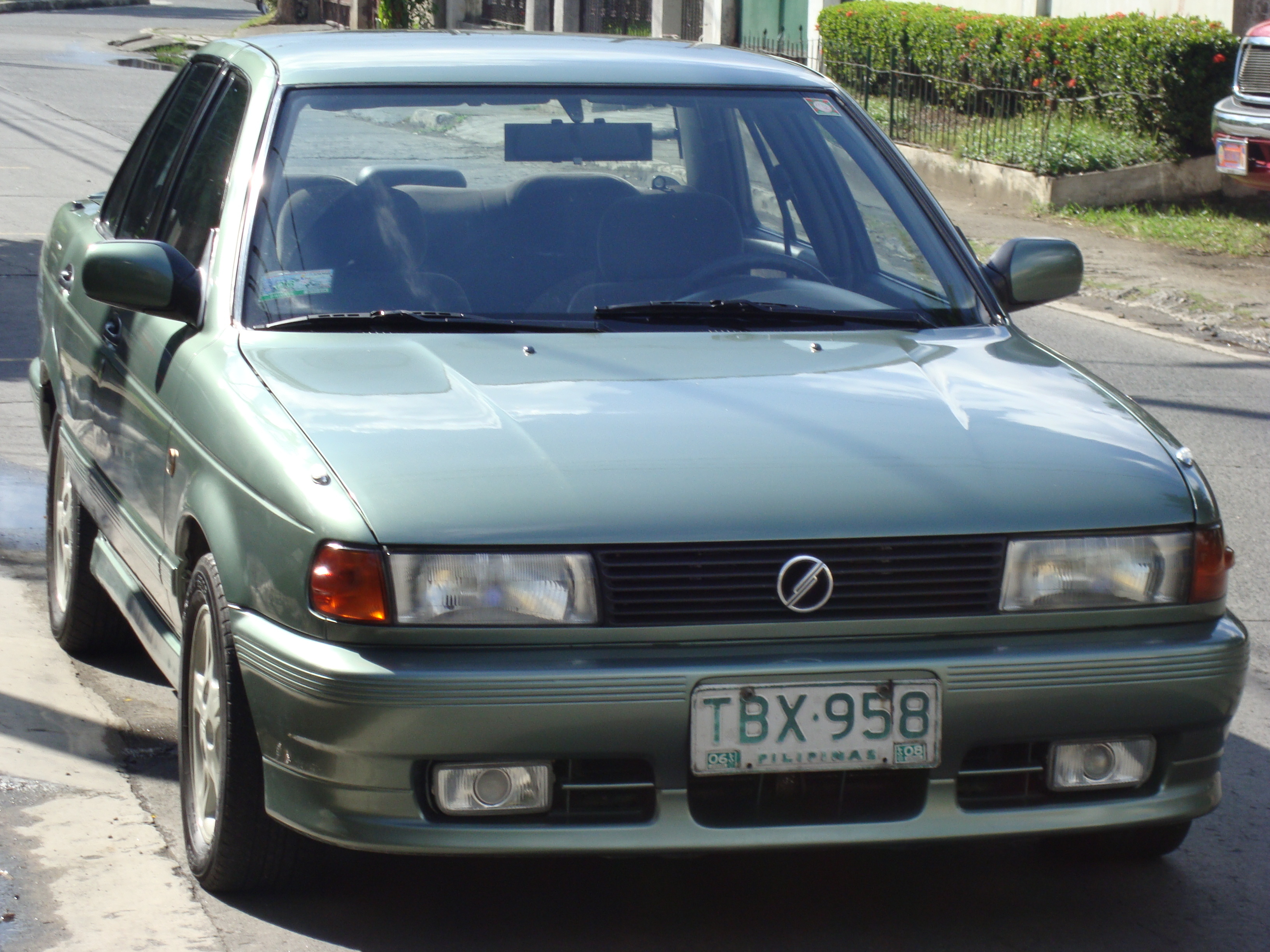 Another 4drsr 1991 Nissan Sunny post... - 1598171