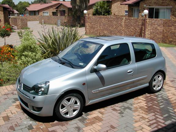 icewire 2003 renault clio specs photos modification info at cardomain. Black Bedroom Furniture Sets. Home Design Ideas
