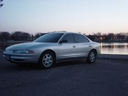 TwoIntrigueMe 2002 Oldsmobile Intrigue