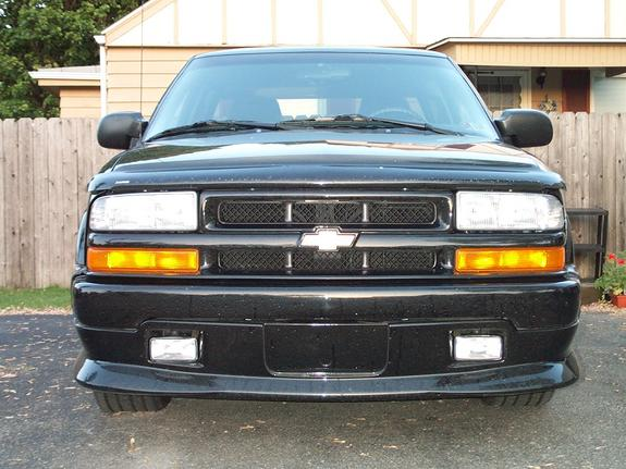 Another 00_black_xtreme 2000 Chevrolet S10 Regular Cab post... - 1641659
