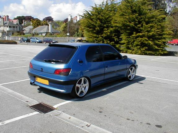 Another ab35481 1995 Peugeot 306 post... - 1655314