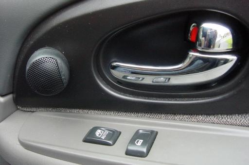 Wheres A Good Place To Get Car Speakers Installed
