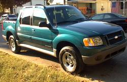 trac02ontthemove 2002 Ford Explorer Sport Trac