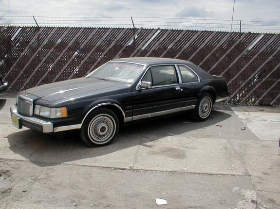 Another oldschool03 1984 Lincoln Mark VII post... - 1820816