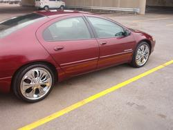 ROMEOPYTBOY69 1999 Dodge Intrepid