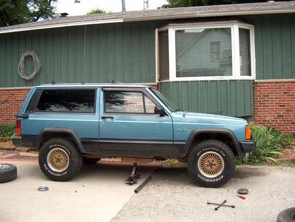Another 85Chief 1985 Jeep Cherokee post... - 1970819