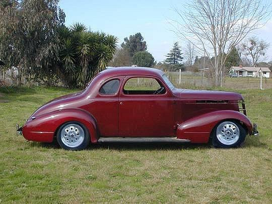 injuntom 1937 Pontiac Business Coupe