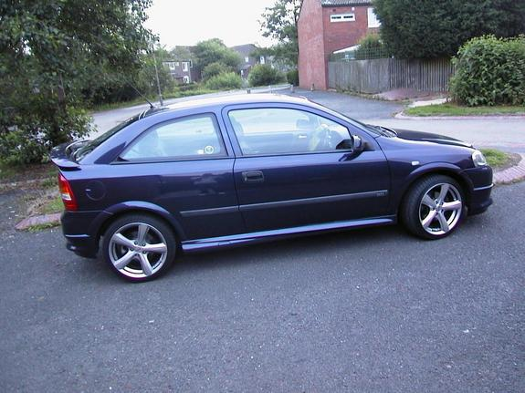 johnyknoxville 39 s 1999 vauxhall astra in b ham un. Black Bedroom Furniture Sets. Home Design Ideas