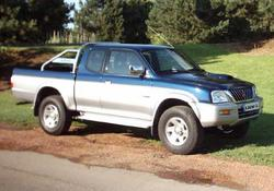 mad200s 2003 Mitsubishi L200