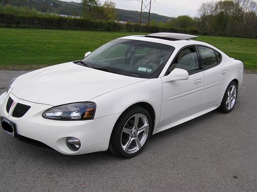 longituderules 2004 pontiac grand prix specs photos. Black Bedroom Furniture Sets. Home Design Ideas