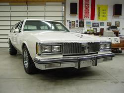 oldsmike 1987 Oldsmobile Custom Cruiser