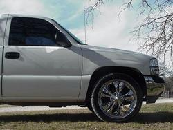 WhitedemoN_on20s 2002 GMC Sierra 1500 Regular Cab