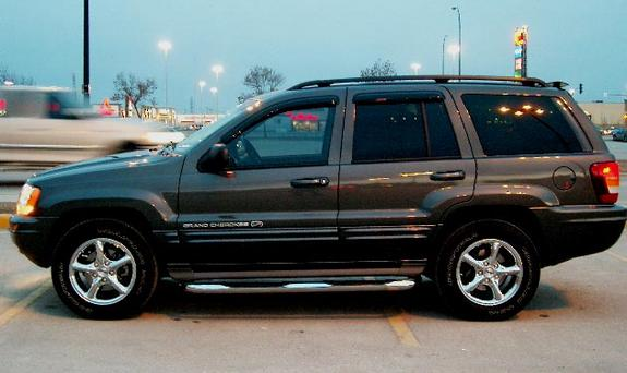 the kicktionary 2002 jeep grand cherokee specs photos modification info at cardomain. Black Bedroom Furniture Sets. Home Design Ideas