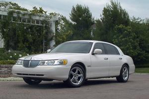 Jhbowen 1998 Lincoln Town Car Specs Photos Modification Info At