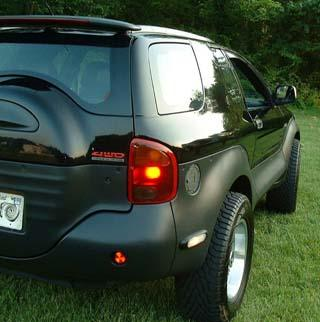 WormGod 2001 Isuzu VehiCROSS 2193381