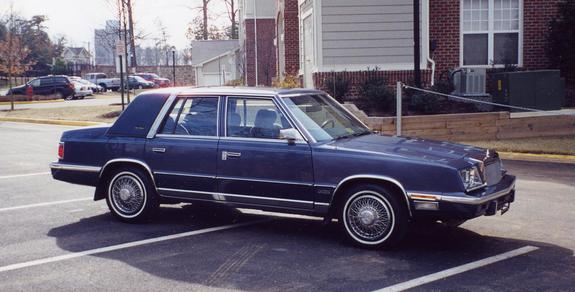 MikeCA1974's 1987 Chrysler New Yorker