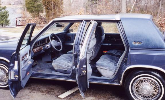 MikeCA1974 1987 Chrysler New Yorker 2243684