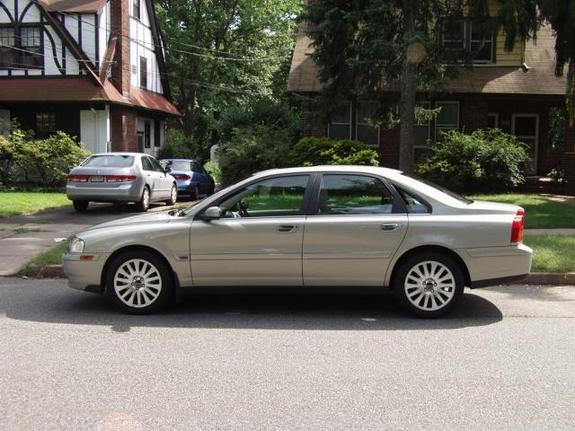 Another y2k4s80t6 2004 Volvo S80 post... - 2251054