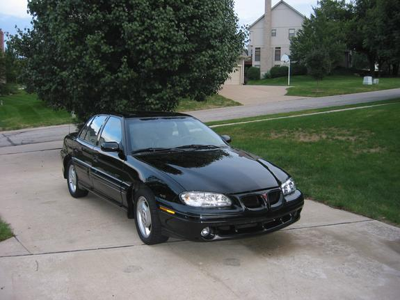 immigrant69 1997 Pontiac Grand Am's Photo Gallery at CarDomain