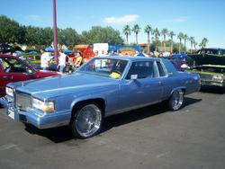 LACONDUBZs 1983 Cadillac DeVille