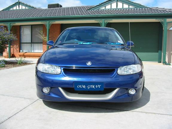 gtrvt's 1998 Holden Commodore