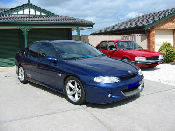 gtrvt 1998 Holden Commodore 2356886