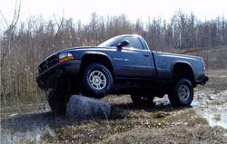 01ZR2 2002 Dodge Dakota Regular Cab & Chassis