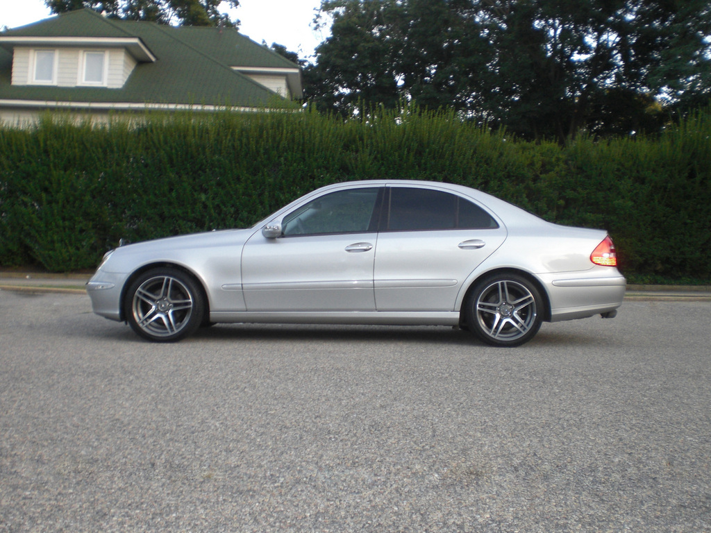 Another Kevin9664 2004 Mercedes-Benz E-Class post... - 2400859