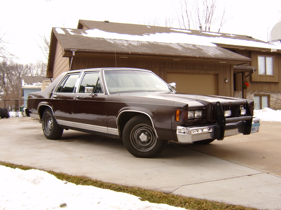 86BBUB 1986 Mercury Grand Marquis
