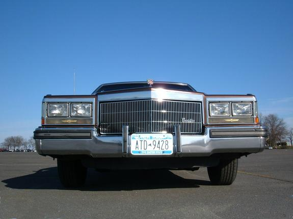 NYPDblue 1983 Cadillac DeVille 2434961