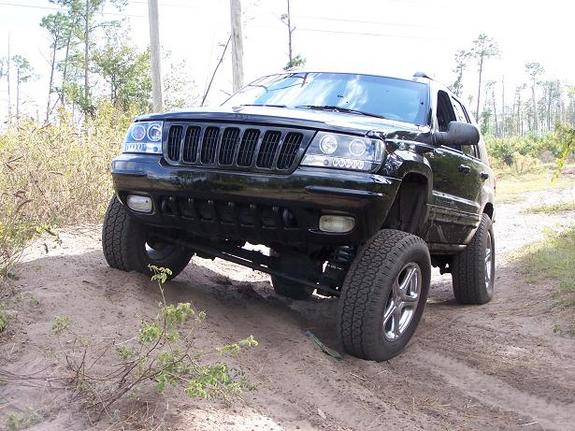 dirtyblackjeep00 2000 jeep grand cherokee 39 s photo gallery at cardomain. Black Bedroom Furniture Sets. Home Design Ideas