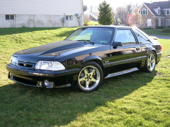 Raceoholic330 1988 Ford Mustang 2479281