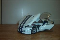 zedyys 2003 Dodge Viper