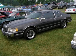 ND4SPDLSCs 1986 Lincoln Mark VII