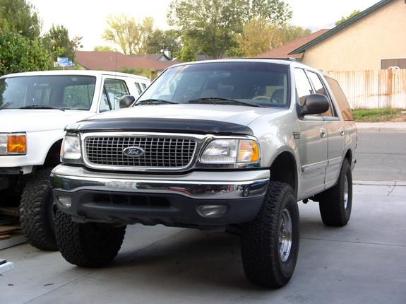 Clownshoes1369 1999 Ford Expedition Specs  Photos
