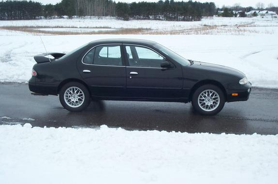 Stinginstang98 39 S 1997 Nissan Altima In Eau Claire Wi