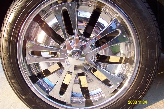 Another ALL_Black_H2 2004 Cadillac Escalade post... - 2692551
