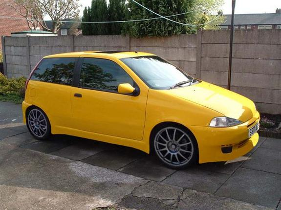 chumhill 1998 fiat punto specs photos modification info at cardomain. Black Bedroom Furniture Sets. Home Design Ideas