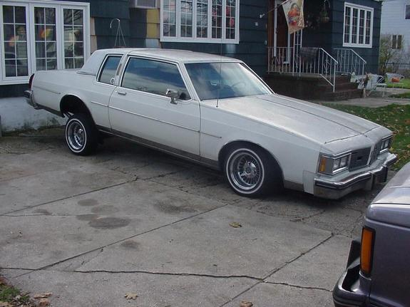Another smkweeddaily 1983 Oldsmobile Delta 88 post... - 2723602