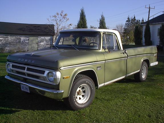 lamcanadian 1969 Dodge D150 Club Cab 2735622